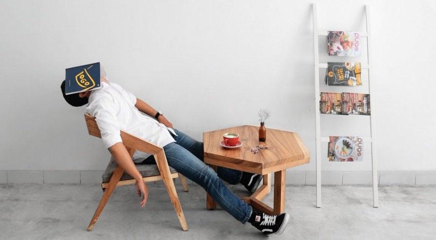 Sleeping at the table - micro-sleep